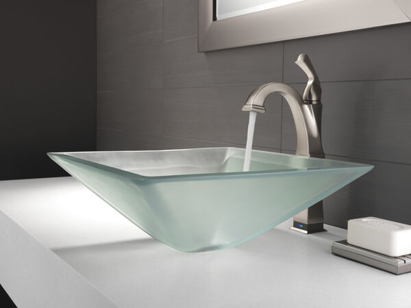 Single Handle Vessel Bathroom Faucet with Touch<sub>2</sub>O.xt® Technology, image 2