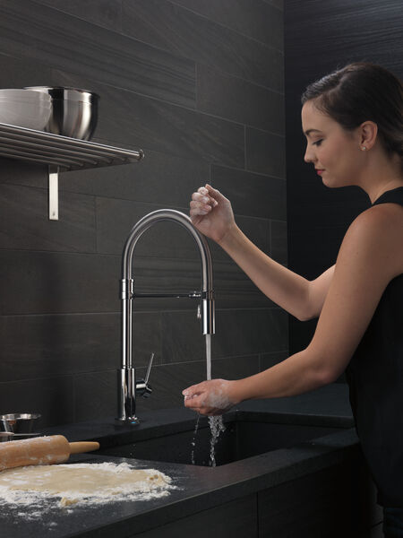 Single Handle Pull-Down Spring Spout Kitchen Faucet with Touch<sub>2</sub>O® Technology, image 7