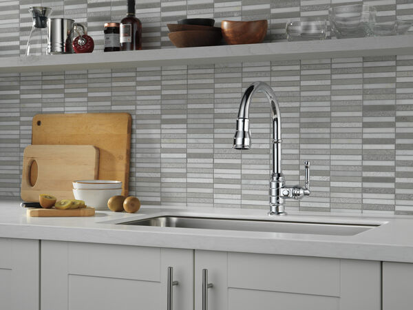 Single Handle Pull-Down Kitchen Faucet, image 4