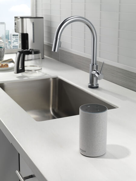 VoiceIQ™ Single-Handle Pull-Down Kitchen Faucet with Touch<sub>2</sub>O® Technology, image 12