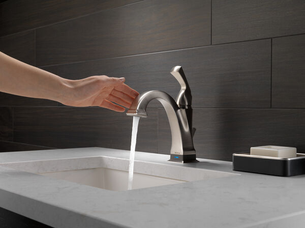 Single Handle Bathroom Faucet with Touch<sub>2</sub>O.xt® Technology, image 11