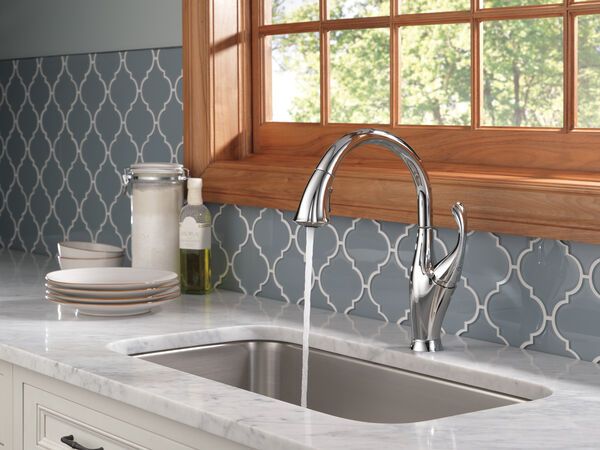Single Handle Pull-Down Kitchen Faucet with ShieldSpray® Technology, image 11