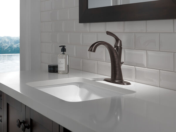 Single Handle Centerset Bathroom Faucet, image 4
