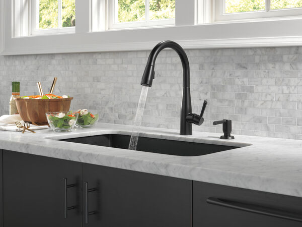Single Handle Pull-Down Kitchen Faucet, image 20