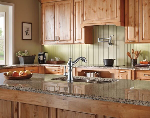 Single Handle Pull-Out Kitchen Faucet, image 2