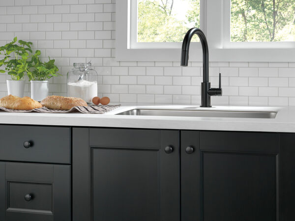 Single Handle Pull-Down Kitchen Faucet, image 11