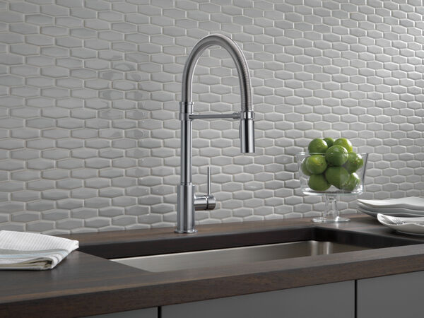 Single Handle Pull-Down Kitchen Faucet With Spring Spout, image 2