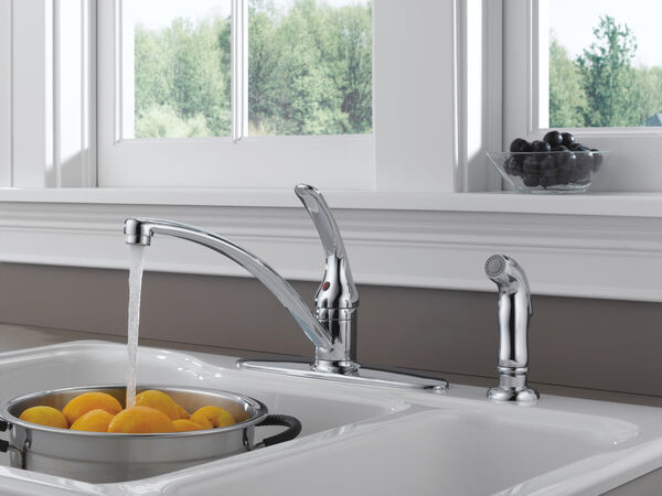 Single Handle Kitchen Faucet with Spray, image 4