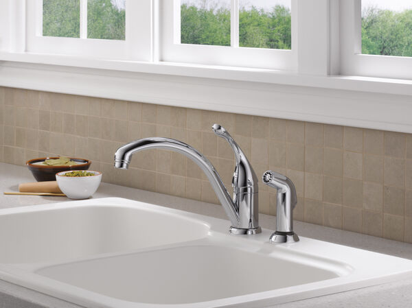 Single Handle Kitchen Faucet with Spray, image 2