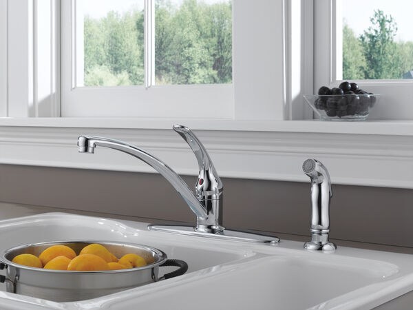 Single Handle Kitchen Faucet with Spray, image 5