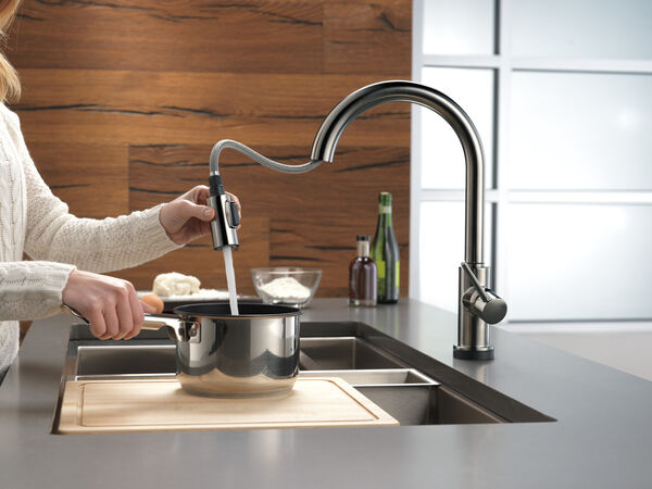 Single Handle Pull-Down Kitchen Faucet with Touch, image 5