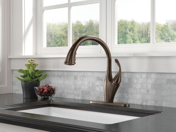 Single Handle Pull-Down Kitchen Faucet with ShieldSpray® Technology, image 4