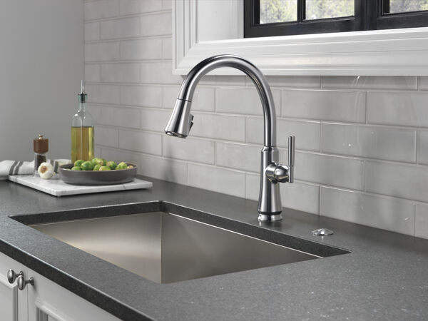 Black Stainless Delta Faucet 72050-KS Air Switch