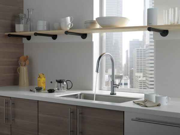 VoiceIQ™ Single-Handle Pull-Down Kitchen Faucet with Touch<sub>2</sub>O® Technology, image 21