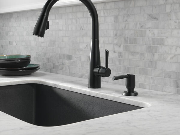 Single Handle Pull-Down Kitchen Faucet, image 14