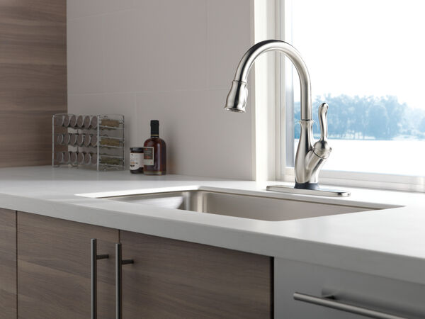 VoiceIQ™ Single Handle Pull-Down Faucet with Touch20® Technology, image 3