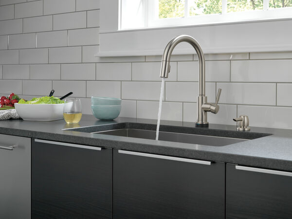 Single Handle Pull-Down Kitchen Faucet with Touch2O® Technology and Soap Dispenser, image 11