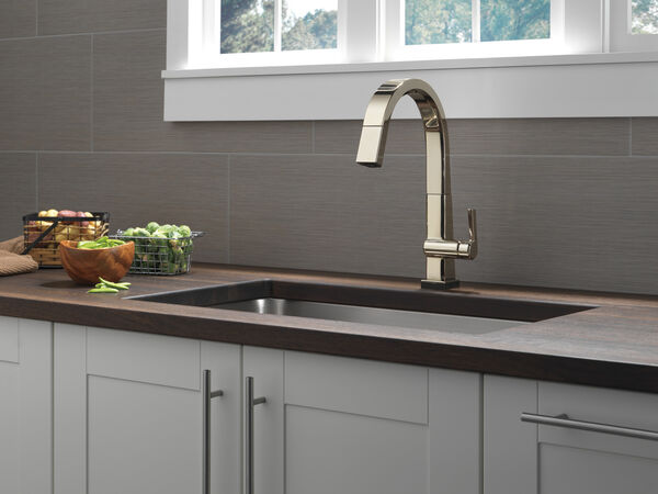 Single Handle Pull Down Kitchen Faucet with Touch<sub>2</sub>O® Technology, image 8