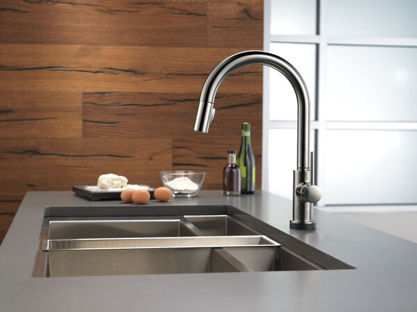Single Handle Pull-Down Kitchen Faucet with Touch, image 13