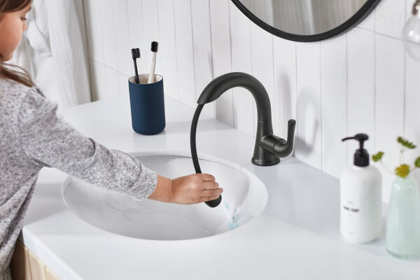Single Handle Pull-Down Bathroom Faucet, image 7