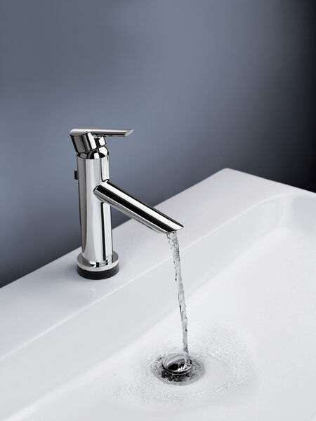 Single Handle Bathroom Faucet with Touch<sub>2</sub>O.xt® Technology, image 12