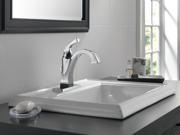 Single Handle Bathroom Faucet with Touch<sub>2</sub>O.xt® Technology, image 2