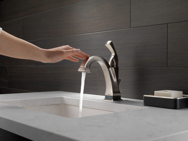 Single Handle Bathroom Faucet with Touch<sub>2</sub>O.xt® Technology, image 10