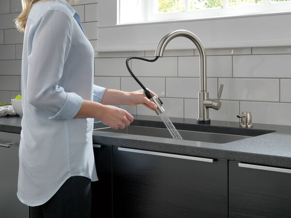 Single Handle Pull-Down Kitchen Faucet with Touch2O® Technology and Soap Dispenser, image 8