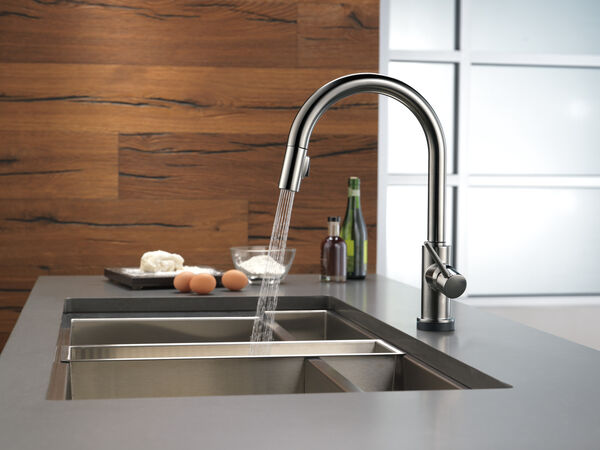 Single Handle Pull-Down Kitchen Faucet with Touch, image 10