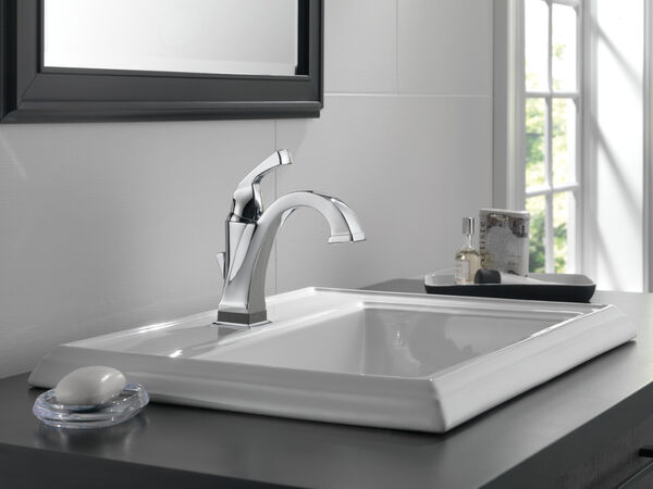 Single Handle Bathroom Faucet with Touch<sub>2</sub>O.xt® Technology, image 7