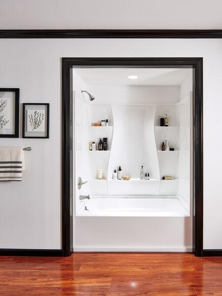 Single Handle Tub and Shower, image 2
