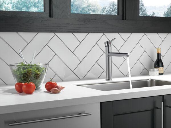 Single Handle Kitchen Faucet, image 2