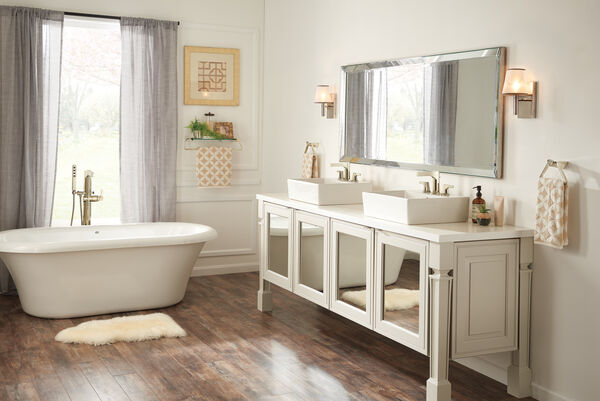 "24"" Towel Bar with Glass Shelf, image 2"
