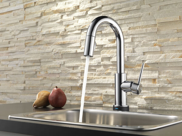 Single Handle Pull-Down Bar / Prep Faucet with Touch<sub>2</sub>O® Technology, image 3
