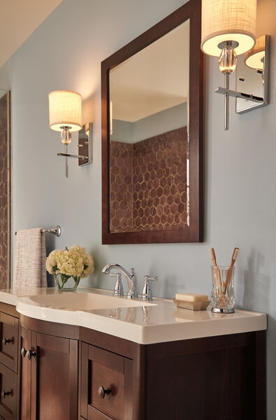 Traditional Two Handle Widespread Bathroom Faucet, image 2