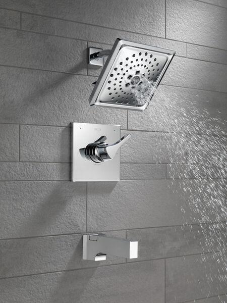 Monitor® 14 Series H<sub>2</sub>Okinetic® Tub & Shower Trim, image 3