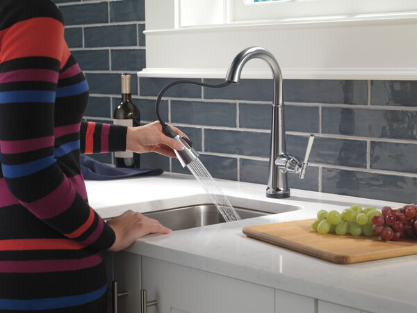 Single Handle Pull Down Bar/Prep Faucet with Touch2O Technology, image 5