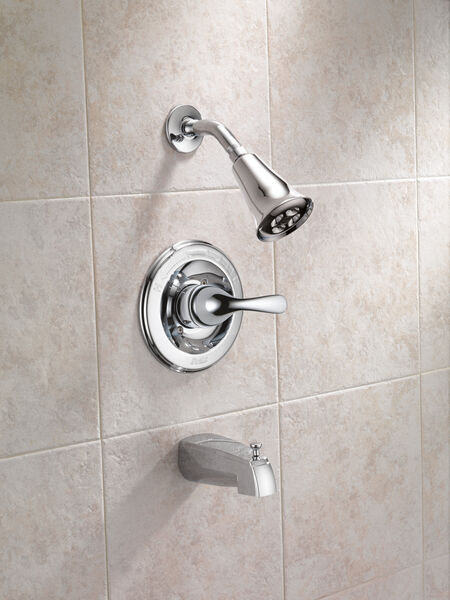 Monitor® 13 Series H<sub>2</sub>Okinetic® Tub & Shower Trim, image 2