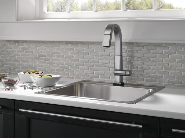 Single Handle Pull Down Bar/Prep Faucet With Touch2O Technology, image 8
