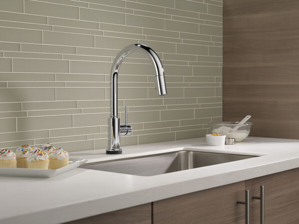VoiceIQ™ Single-Handle Pull-Down Kitchen Faucet with Touch<sub>2</sub>O® Technology, image 11