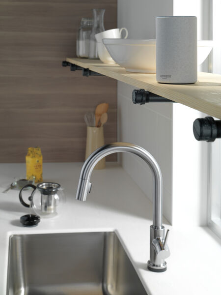 VoiceIQ™ Single-Handle Pull-Down Kitchen Faucet with Touch<sub>2</sub>O® Technology, image 16