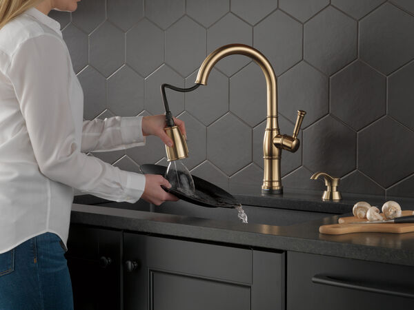 Single Handle Pull-Down Kitchen Faucet with Touch2O Technology and Soap Dispenser, image 12