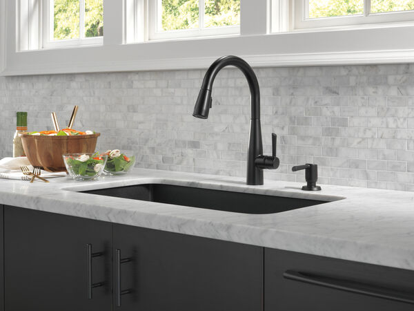 Single Handle Pull-Down Kitchen Faucet, image 22