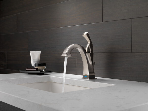 Single Handle Bathroom Faucet with Touch<sub>2</sub>O.xt® Technology, image 15