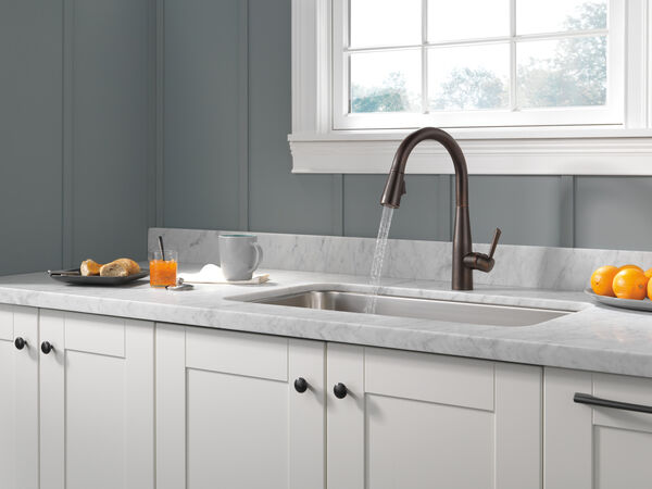 Single Handle Pull-Down Kitchen Faucet, image 8