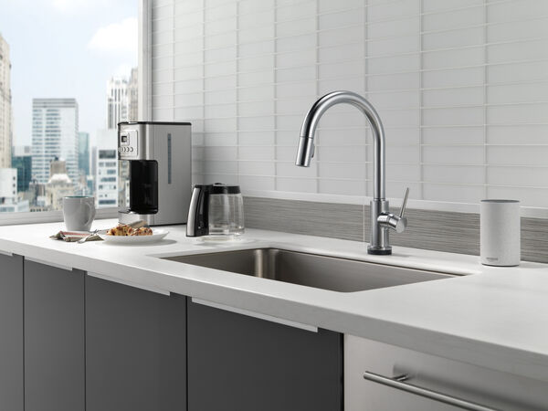 VoiceIQ™ Single-Handle Pull-Down Kitchen Faucet with Touch<sub>2</sub>O® Technology, image 10