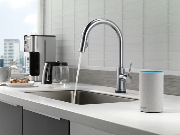 VoiceIQ™ Single-Handle Pull-Down Kitchen Faucet with Touch<sub>2</sub>O® Technology, image 18