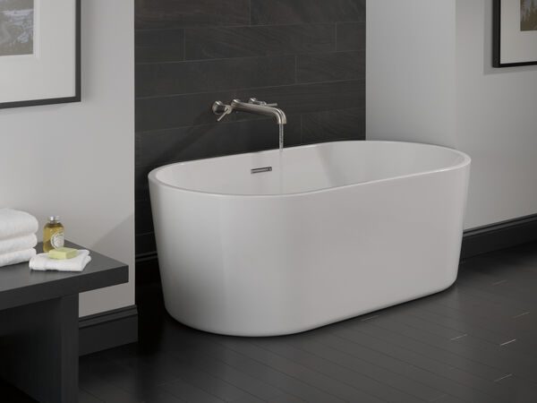 60 in. x 30 in. Freestanding Tub with Center Drain, image 4