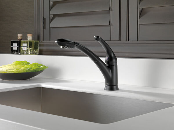 Single Handle Pull-Out Kitchen Faucet, image 6