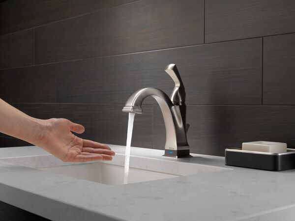 Single Handle Bathroom Faucet with Touch<sub>2</sub>O.xt® Technology, image 13